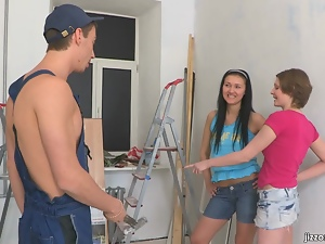 Two naughty teens empty the workman