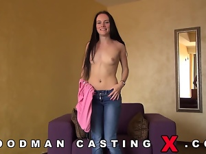 Casting girl shows what she's made of