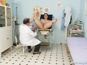 Patient gets her orifices checked out