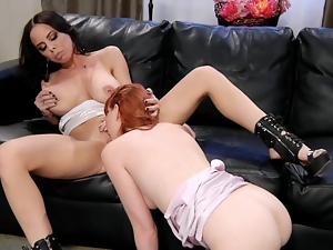 Marie McCray tongue fucks Brandy AnistonТДs moist pussy