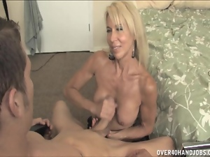Hot mom Erica Lauren gets handy