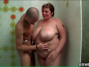 Fat girl fondled in the shower by her man