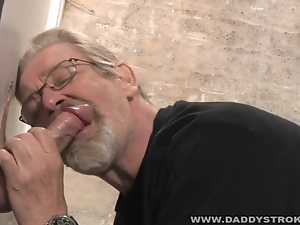 Mature Guy Sucks Strangers Cock At The Gloryhole