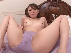 She squirts through her purple panties