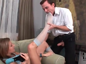 He worships stocking clad feet of hot chick