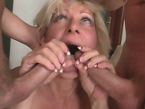 Sexy surprise for a horny granny