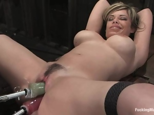 Blond angel Gia and her friend Princess Donna are on a machine