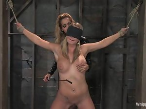 Two luxury and sexy blondies are loving some pain