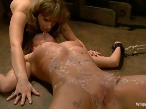 Fisting is painful for this lusty slave Aurora