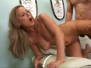Laura Monroe loves cum on her lips after getting banged from behind