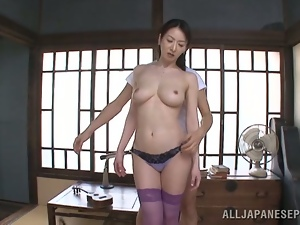 Lean back and enjoy what Hitomi will do to you