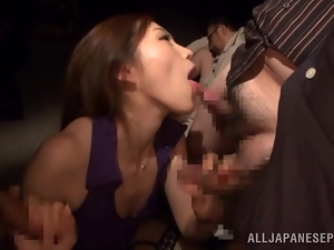 Cum-thirsty Asami Ogawa milks a cock dry on her tongue