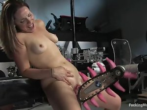 Big booty Frankie gets drilled by fucking machines