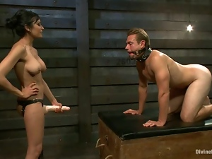 Unmerciful Beretta James dominates and toys a guy