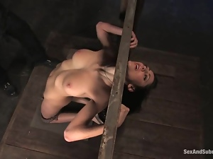 Princess Donna Dolore gets tortured and mouth-fucked and enjoys it