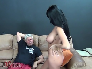 Annisa Kate sucks a shaft and rides a fucking machine