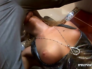 Donna Bell sucks a prick before taking it in her pussy and ass