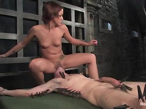 Passionate Sara Faye toys Nomad in the ass and rides his dick
