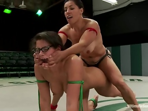 Sex dolls in bikini are fighting on the ring