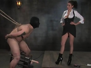 Orlando gets beaten and tortured by Princess Donna Dolore and loves it