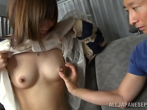 Sex in the car with a smoking hot Japanese chick