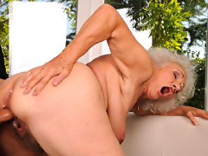 Horny Old Minx Gets Ploughed