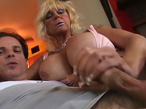 Horny Grannies Love To Fuck mature