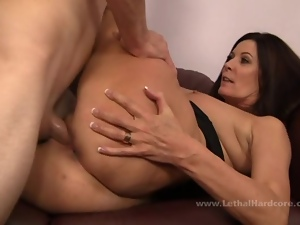 MILF Magdalene St Michaels gets fresh meat