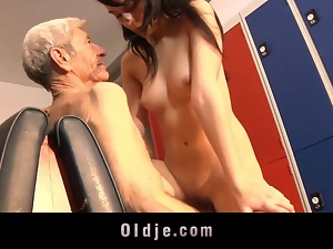 Leda warms up his muscles with an Old Man
