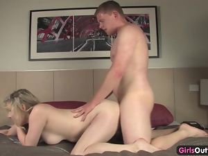 Aussie blonde gets inseminated