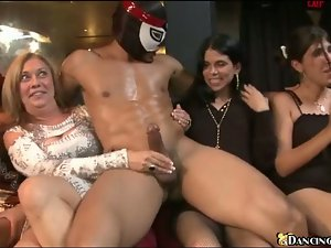 Strippers fuck babes