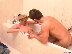 Maure blondes bathtime 2/5