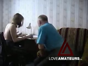 Old guy fucks that shaved pussy in hot video