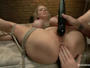 Julia Ann ges bound and fucked remarcably well in terrific BDSM vid