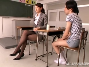 Teacher Kaede Imamura Gives Blowjob and Handjob to a Small Dude