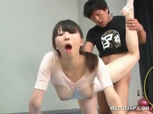 Asian cute gymnast fucking her  while doing her exercise