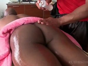 Black stud gifting his gay masseur with a blowjob