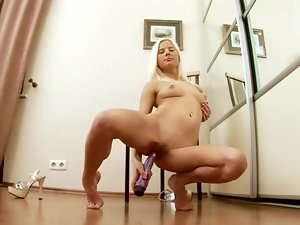 Nichol the sexy blonde loves to toy her insatiable pussy