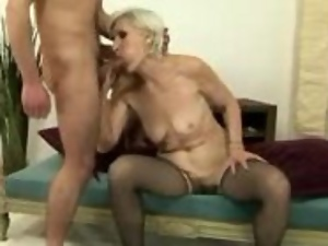 Lusty granny loves getting her twat creamed
