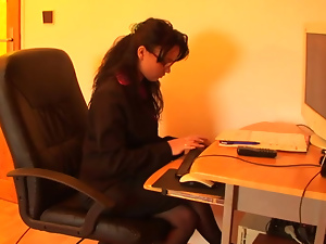 PRIVATE SECRETARY PISS FANTASIES