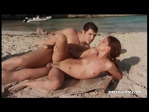 Erotic anal sex on empty beach with a babe