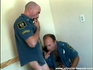 Bear cops blowjob and anal hardcore sex