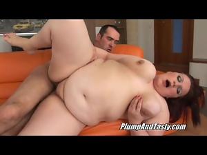 Huge belly and tits jiggle in a BBW video