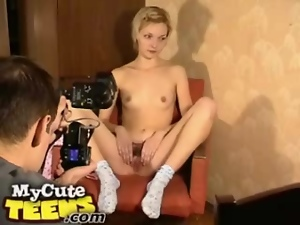 Teen flashes tits and pussy solo