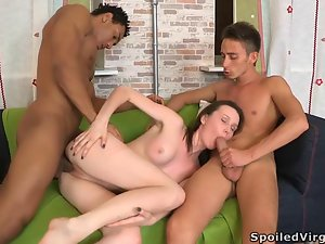 Hot threesome with sweet babe