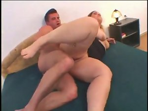 Fat Chubby Ex Girlfriend fucking,sucking cock and cum