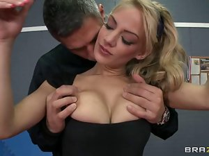 Red Hot Loulou Gets Her Perky Li...