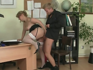 He arranged a private visit to fuck his horny boss