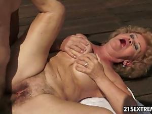 p rn hub erotic photo