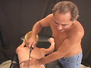 Electricity play with blonde's pussy